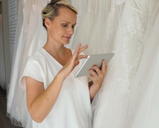 Brautmode Frau ipad Kasse Verkauf Kleider